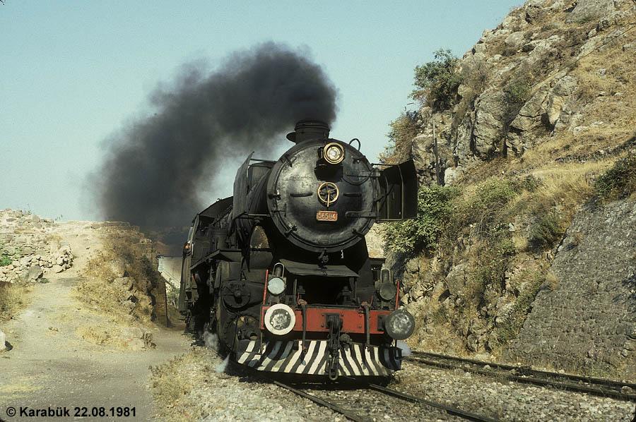 http://johannes-chlond.de/BILDERBC/public_html/TCDD1981/19810822G_56504_Izmir_bear_klein.jpg
