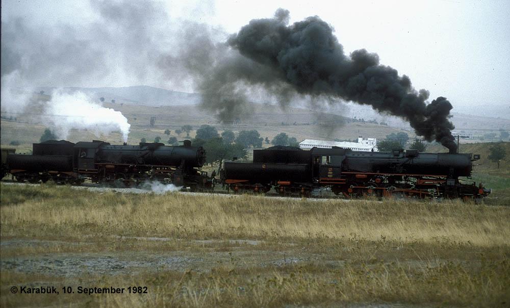 http://johannes-chlond.de/BILDERBC/public_html/TCDD1982/19820910F_56527_56xxx_Yenikoey_bear_klein.jpg